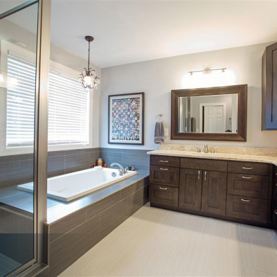 Leslie-Bathroom-1