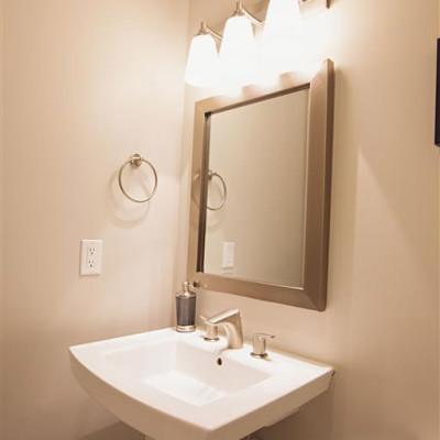 Sabrina-Bathroom-2