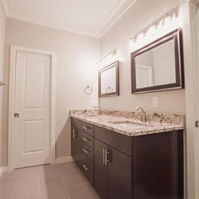 Sabrina_Bathroom-10