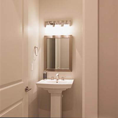 Sabrina_Bathroom-3