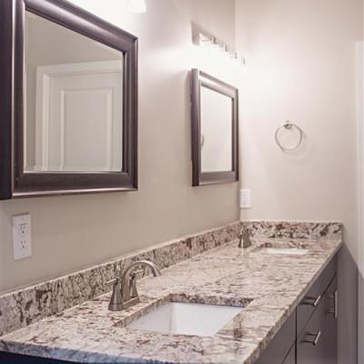 Sabrina_Bathroom-5
