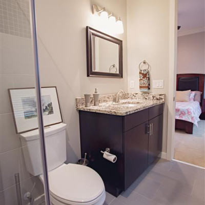 Sabrina_Bathroom-7